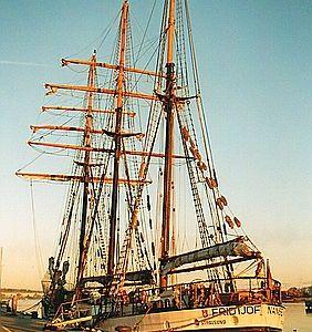 Im Wismarer Hafen