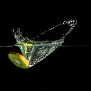 Splash-Kiwi by Sylvia Kroll